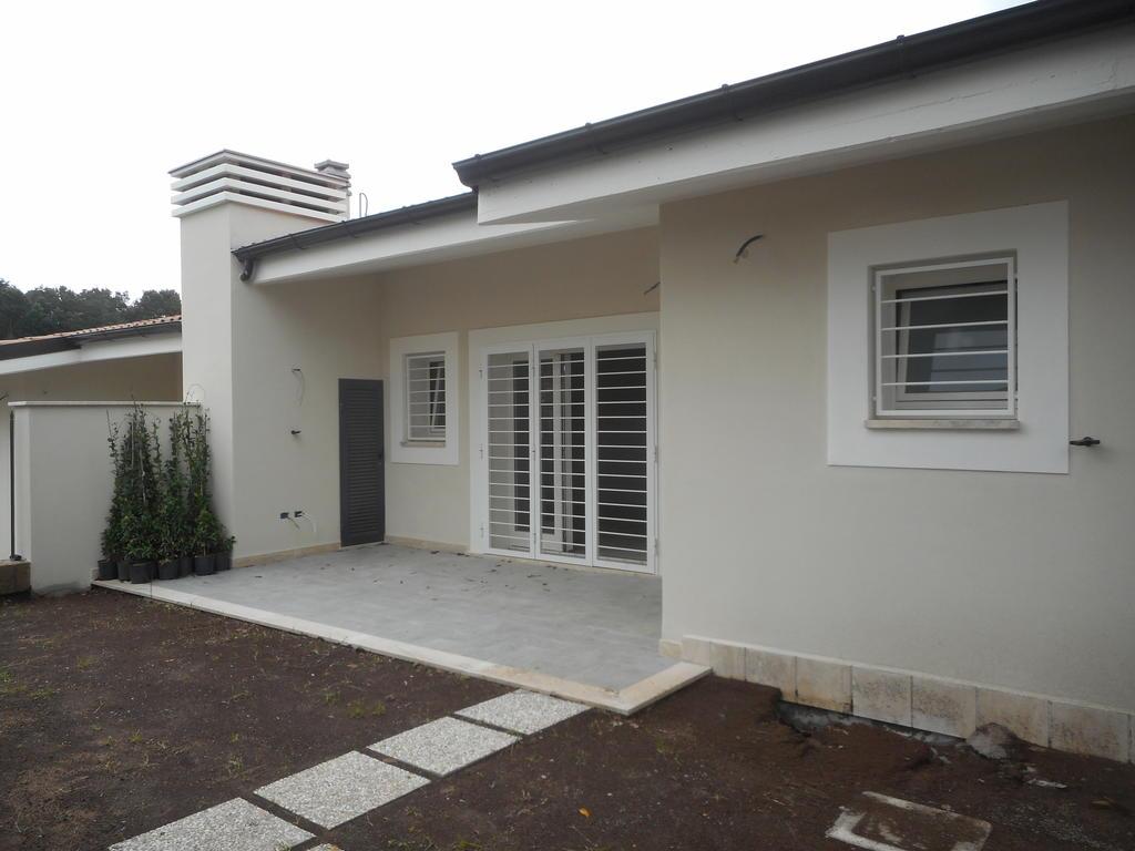 C/140 – Anzio Villa Claudia   €  180.000,00