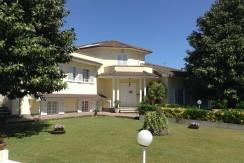 U/100 –  Lavinio  Centro  Ecumenico    € 450.000,00