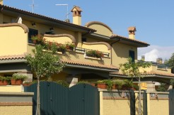 C/10 – Anzio Lavinio Via Gozzi Villino    € 170.000,00
