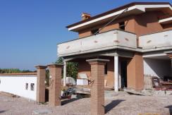 C/12 – Anzio Lavinio Ville nuova costruzione   € 220.000,00