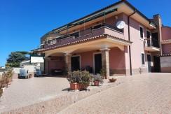 B/10 – Lavinio Sant'Anastasio – € 179.000,00
